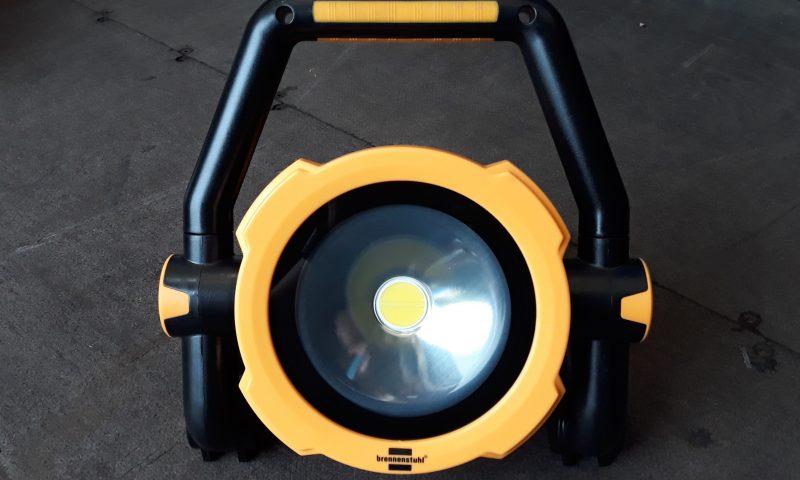 Wireless led halogens